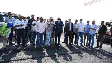 صورة محافظ قنا يتفقد اعمال الرصف بمركز الوقف