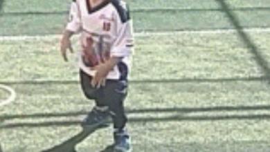 """صورة """"بيشوي """"طفل المواهب تفوق في كرة القدم والسباحة"""
