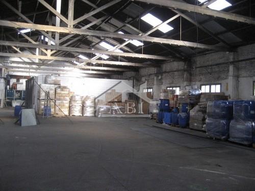 deposito industrial con oficinas