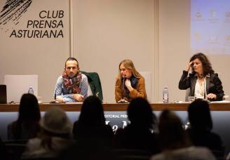 """Presentación en La Nueva España del libro """"Mi cabeza la Piloto yo"""""""