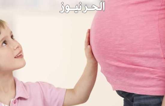 هل الحمل يسبب انتفاخ تحت الابط