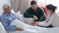تفسير حلم زيارة مريض في المستشفى في المنام