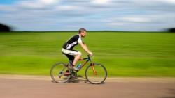 تفسير حلم قيادة البسكلته ( الدراجة ) في المنام