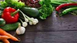 اغذية تخفض السكر وتحسن من عمل البنكرياس