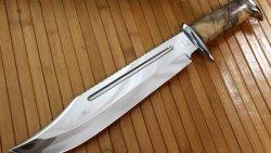 تفسير حلم إهداء السكين في المنام
