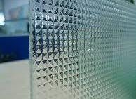 تفسير رؤية رمز الزجاج في المنام