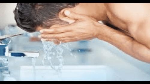 حلم غسل الوجه