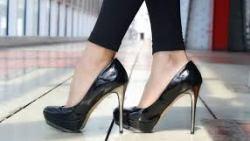 تفسير حلم لبس فردة حذاء واحدة في المنام