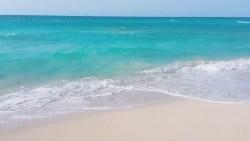 تفسير حلم السباحة في البحر في المنام