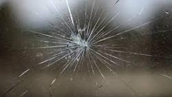 تفسير حلم تشقق الزجاج في المنام