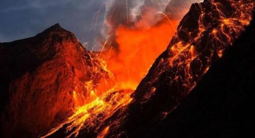 تفسير حلم انفجار بركان تحت القدم مباشرة