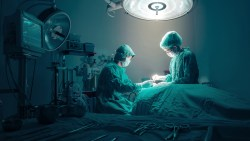 تفسير حلم حقنة البنج في غرفة العمليات بالمنام