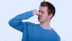 تفسير حلم رائحة شخص كريهة في المنام