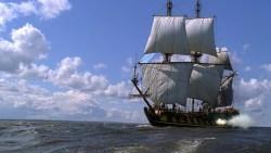 تفسير حلم السقوط من السفينة في المنام
