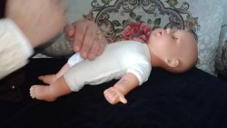 كيفية التخلص من مغص حديثي الولادة