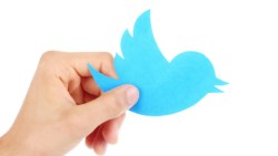 كيف اعرف اللي يتابعني في تويتر بصمت
