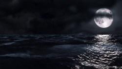 تفسير رؤية القمر في المنام لامرأة مطلقة