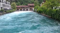 تفسير حلم السباحة في النهر في المنام