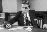 Charles Ponzi scheme pada first travel