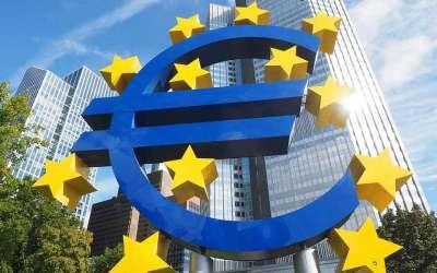 Taux bas : la rentabilité des banques va être durablement affectée, prévient la BCE