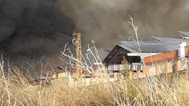 Photo of عاجل حريق كبير في معمل الرينغو بين السكسكية والبابلية
