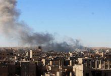 صورة مجزرة في رابع أيام عيد الأضحى بقصف الطيران الروسي لمدينة الميادين
