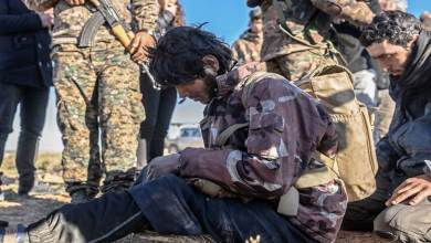 Photo of قسد تُطلق سراح أمني في خلية لداعش أحرقت شاب بريف ديرالزور مقابل مبلغ مالي