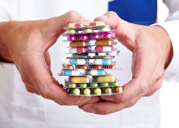 """الاستخدام المفرط للمضادات الحيوية """"منافع قليلة وضرر كبير"""""""