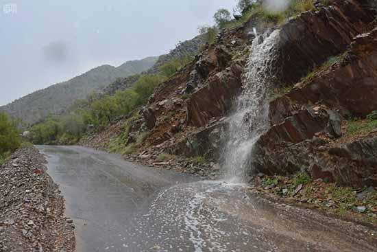 أمطار غزيرة على بحر أبو سكينه
