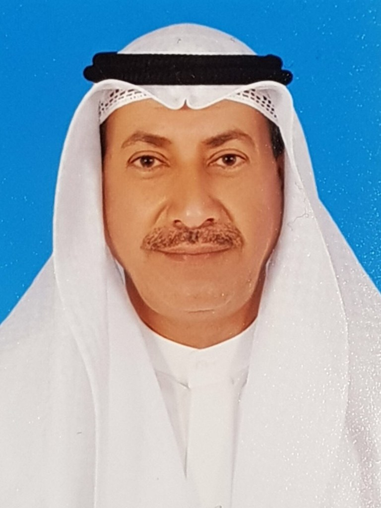 وزير الأشغال العامة في الكويت يستقيل بسبب السيول التي اجتاحت البلاد