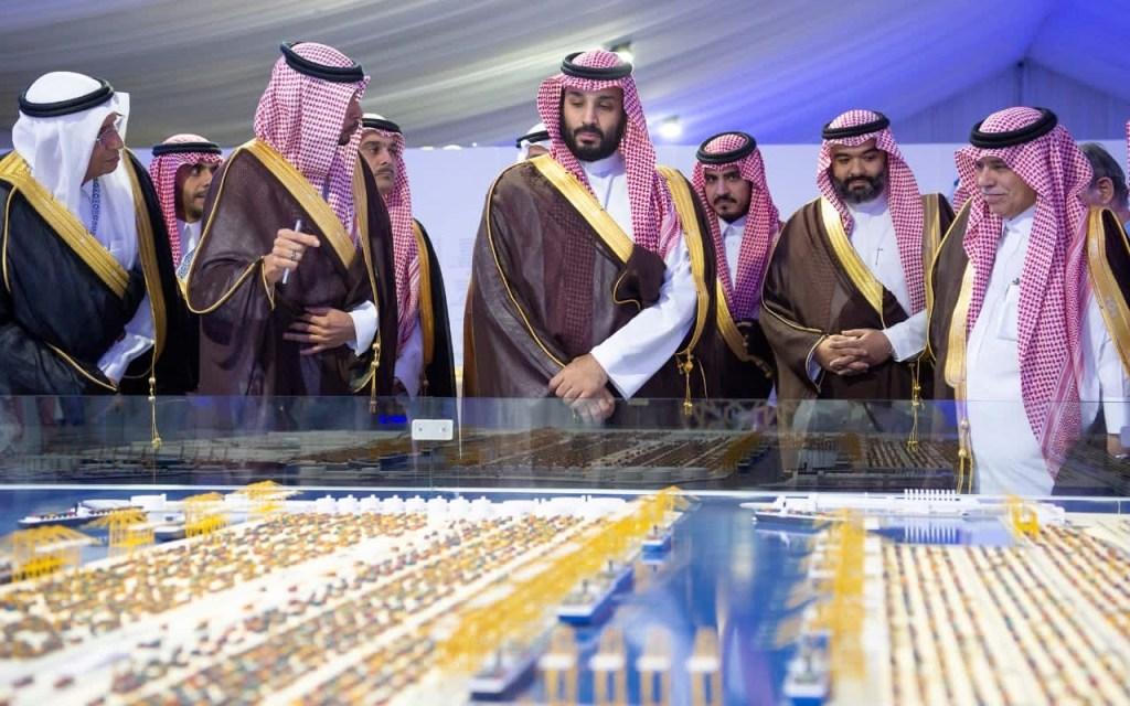ولي العهد دشن ميناء الملك عبدالله في رابغ بإدارة من القطاع الخاص