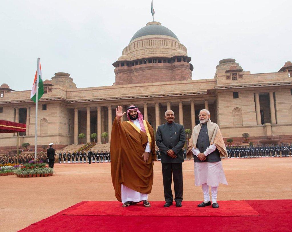 21 طلقة من المدفعية ترحيبا بولي العهد..الرئيس الهندي يلتقي الأمير محمد بن سلمان في القصر الرئاسي في نيودلهي