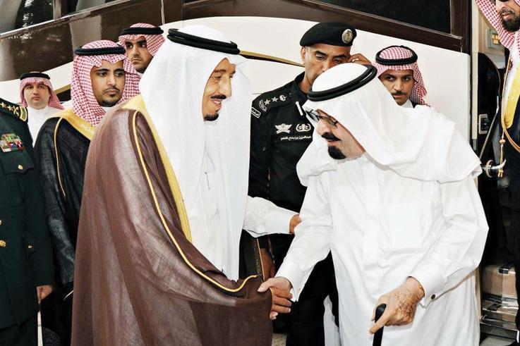 وفاء لأخيه الراحل..الملك سلمان يأمر بتسمية كلية القيادة والأركان في الحرس الوطني باسم الملك عبدالله بن عبدالعزيز