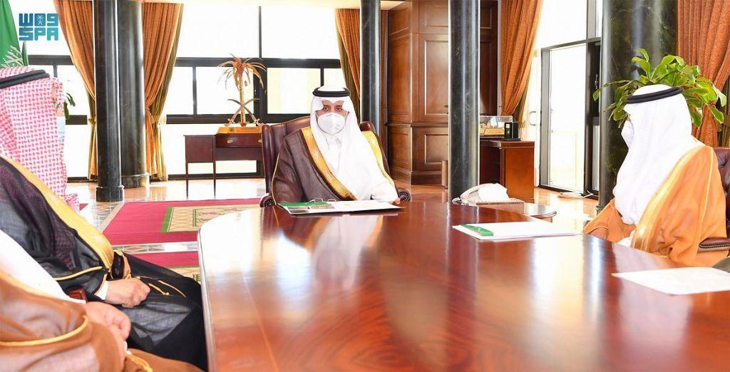 الأمير فهد بن سلطان يعتمد أسماء الفائزين بجائزة سموه للمزرعة النموذجية