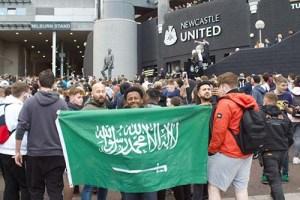 رابطة كرة القدم الإنجليزية تصادق على استحواذ السعودية على نادي نيوكاسل