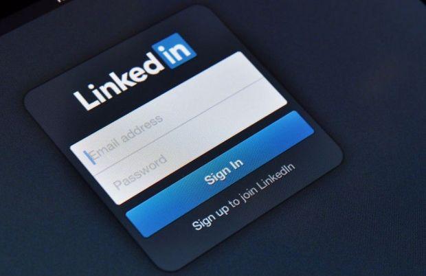 iOS 14 detecta que LinkedIn y TikTok (entre otras) acceden continuamente al portapapeles
