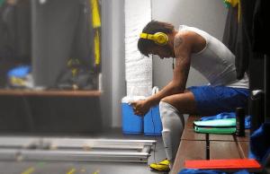 La FIFA prohíbe a los jugadores usar auriculares Beats en Brasil - Neymar