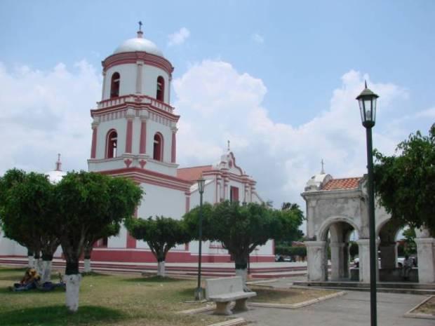 Iglesia de La Concepción, El Tocuyo, Lara, Venezuela - Foto vía pueblosdevenezuela.com