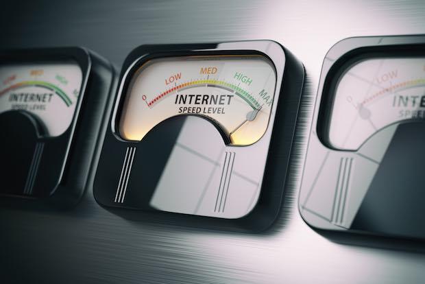 Por lo tanto, puede medir correctamente su velocidad de Internet (con prueba gratuita incluida)
