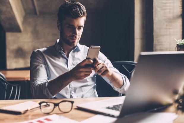 Cómo hacer una llamada con el número de teléfono oculto desde Android o iPhone