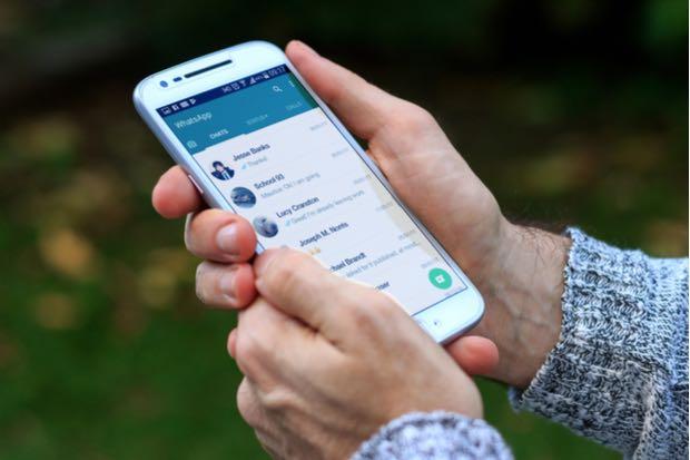 Cómo reportar o bloquear a usuarios desconocidos en WhatsApp