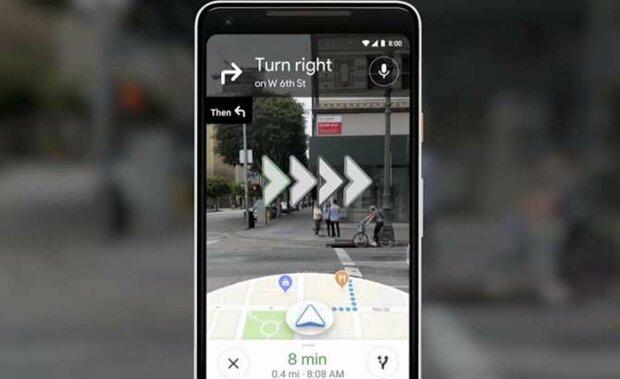 """Google Maps usuarios en el mundo han comenzado a usar la realidad aumentada aplicada a Google Maps para encontrar errores e informan que la versión """"vista previa"""" ya hace su trabajo correctamente. Para activarla simplemente inicie la aplicación Google Maps en su teléfono inteligente y luego active la opción """"Iniciar AR"""". Después de establece un destino, basta con encuadrar con la cámara lo que está delante para ver las indicaciones gráficas que aparecen en la ruta a seguir. La pantalla está dividida en dos: la parte superior muestra imágenes en vivo, mientras que la siguiente muestra un mapa clásico."""