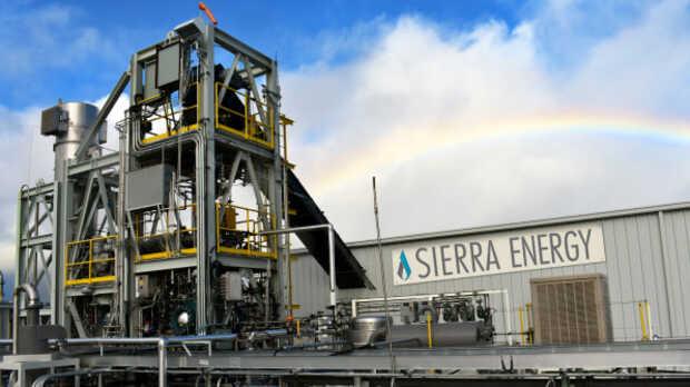"""Bill Gates quiere """"vaporizar"""" nuestra basura y de paso producir energía en el proceso"""