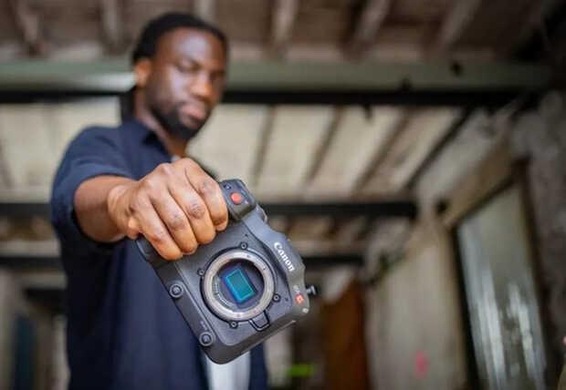 Canon EOS C70: nueva cámara para cine con un cuerpo muy compacto