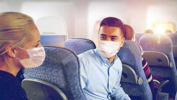 Riesgo de contraer el coronavirus en un avión según el Pentágono
