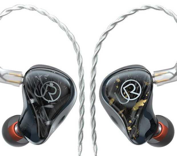 Nuevos auriculares semitransparentes que destacan por su diseño con fibra de carbono