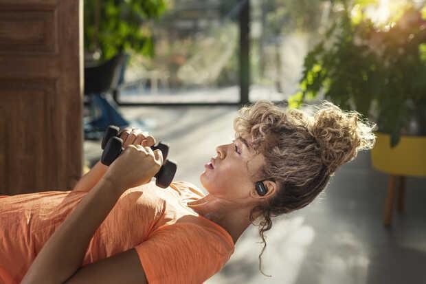 Philips lanza televisores y auriculares para consentir tus ojos y oidos