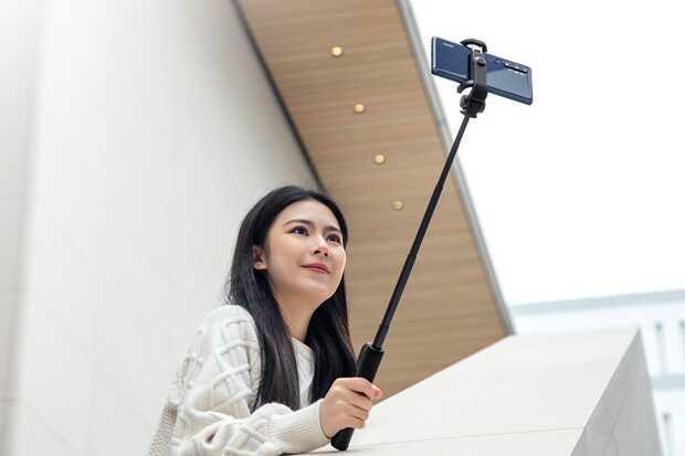 Mi Zoom Selfie Stick viene con control remoto para hacer autorretratos perfectos