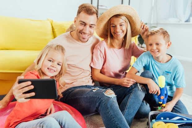 Vacaciones 2021: Peligros de compartir tu ubicación en redes sociales