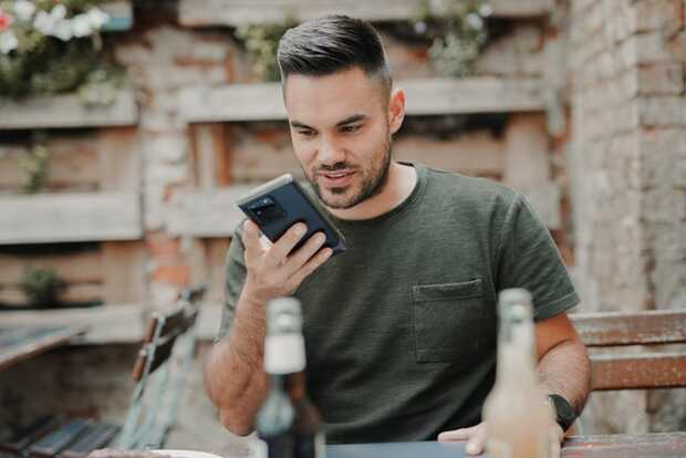 WhatsApp trabaja en un reproductor de mensajes de voz global
